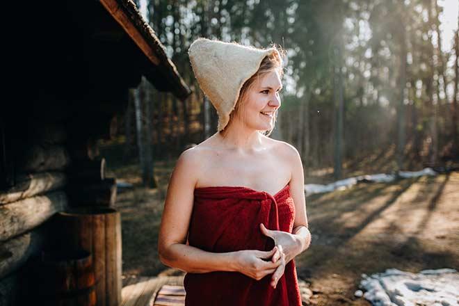Женщина в парилке